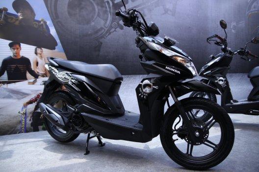 Honda Beat Street Makin Keren Dengan Pilihan Aksesoris