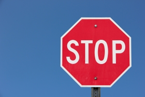 1403571_stop_sign Is Your Kid Old Enough for the Cloud