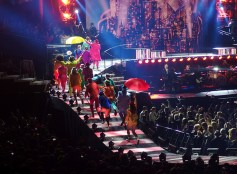 Take That Glasgow 2nd May 2015- Dancers