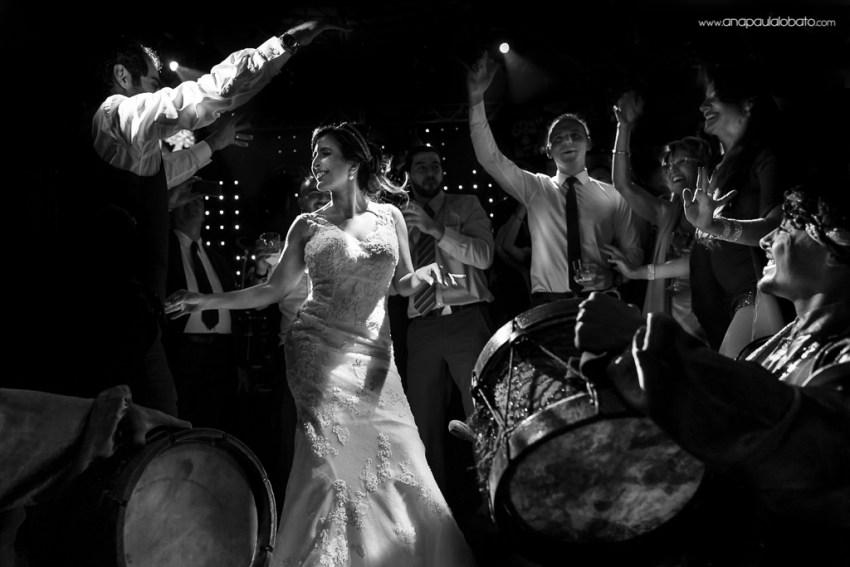 Dança típica em casamento árabe em BH