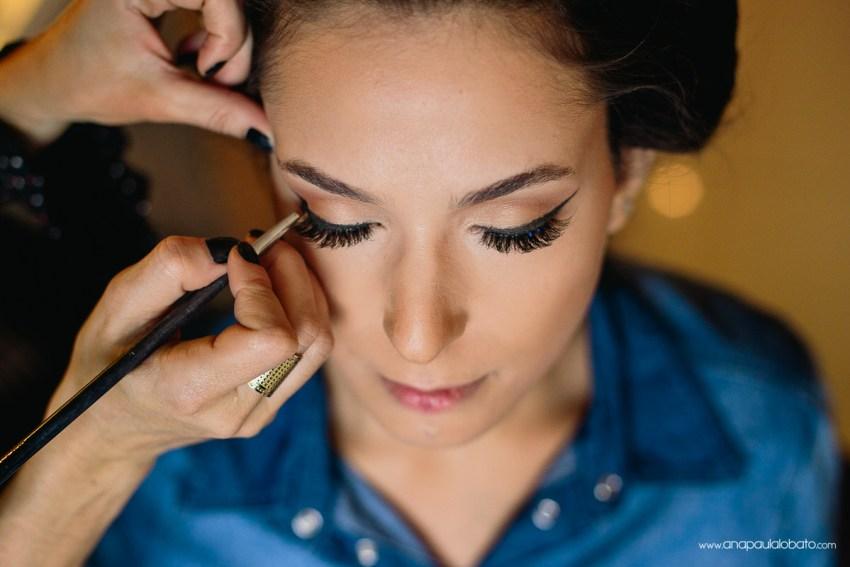soft make up idea for the bride