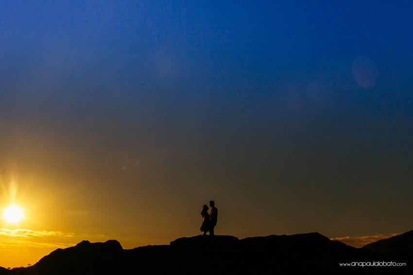 sunset engagement photos