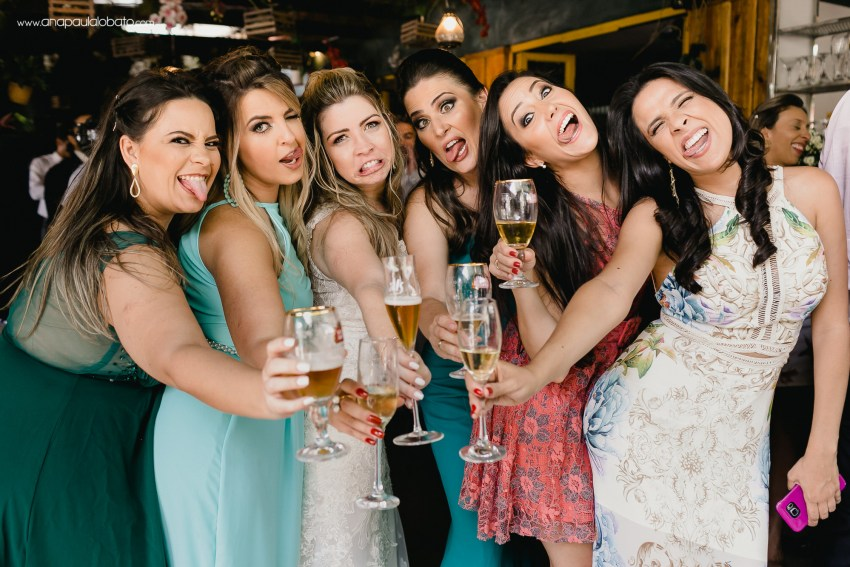 bridesmaid funny faces