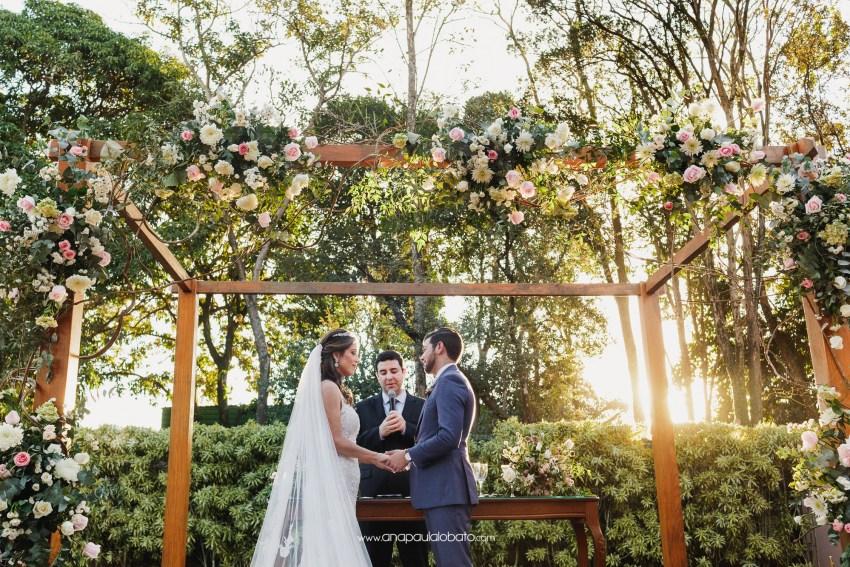 amazing flowers deko in destination wedding