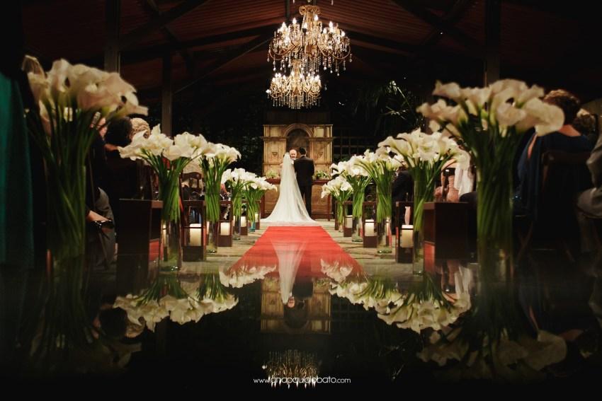Romantic wedding with a modern flair