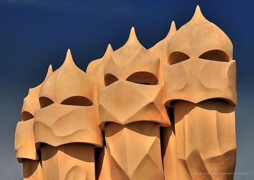 Alucinante arquitectura Antonio Gaudi  Art Junkies Blog