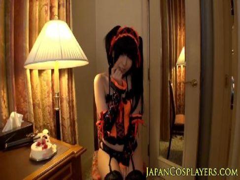 コスプレをした有村千佳が巨根を咥えアナルを舐めまくり恍惚の表情を浮かべてる個人撮影系セックス動画