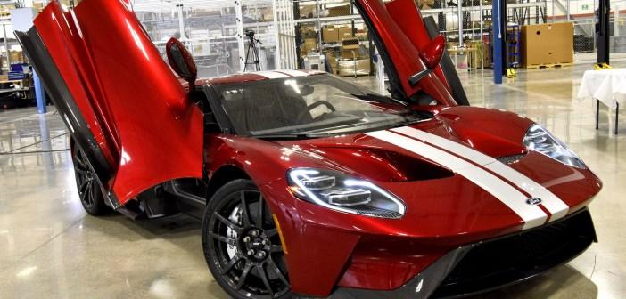 Ford GT'nin İlk Yol Sürümü Üretildi