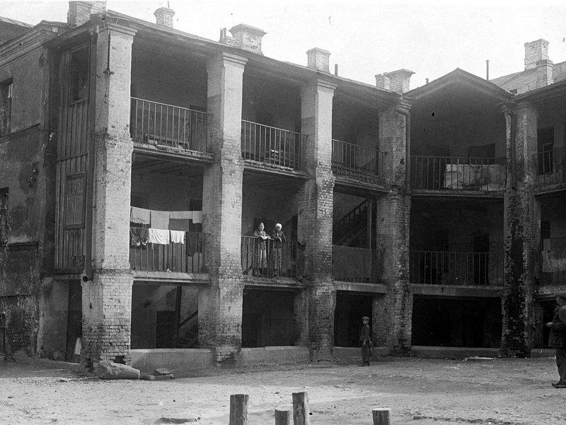 Псковский переулок, дом № 6. Двор