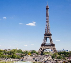 Three Days in Paris - a travel itinerary of sights, sounds, and tastes for a whirlwind trip to the city of light! // www.anaspiringheroine.com