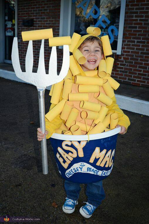 DIY Halloween Costumes for Kids – try them in 2017! Family Halloween costumes, DIY ideas for couples, food costumes, Halloween costumes for women, kids. Explore these DIY costumes and Halloween Ideas for 2017!