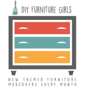 French Graphic Coffee Table Make-Under {Themed Furniture Makeover Day}