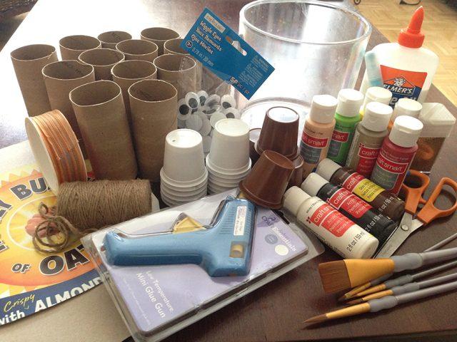 Thanksgiving centerpiece materials