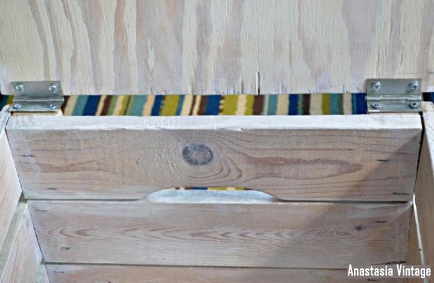 storage-crate-hinges
