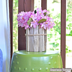 upcycle-a-glass-jar-into-a-driftwood-vase