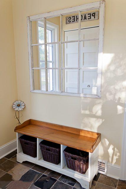 Hanging 12-pane window mirror