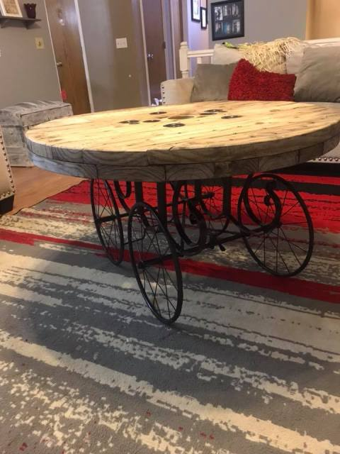 Pinterest-Inspired Coffee Table