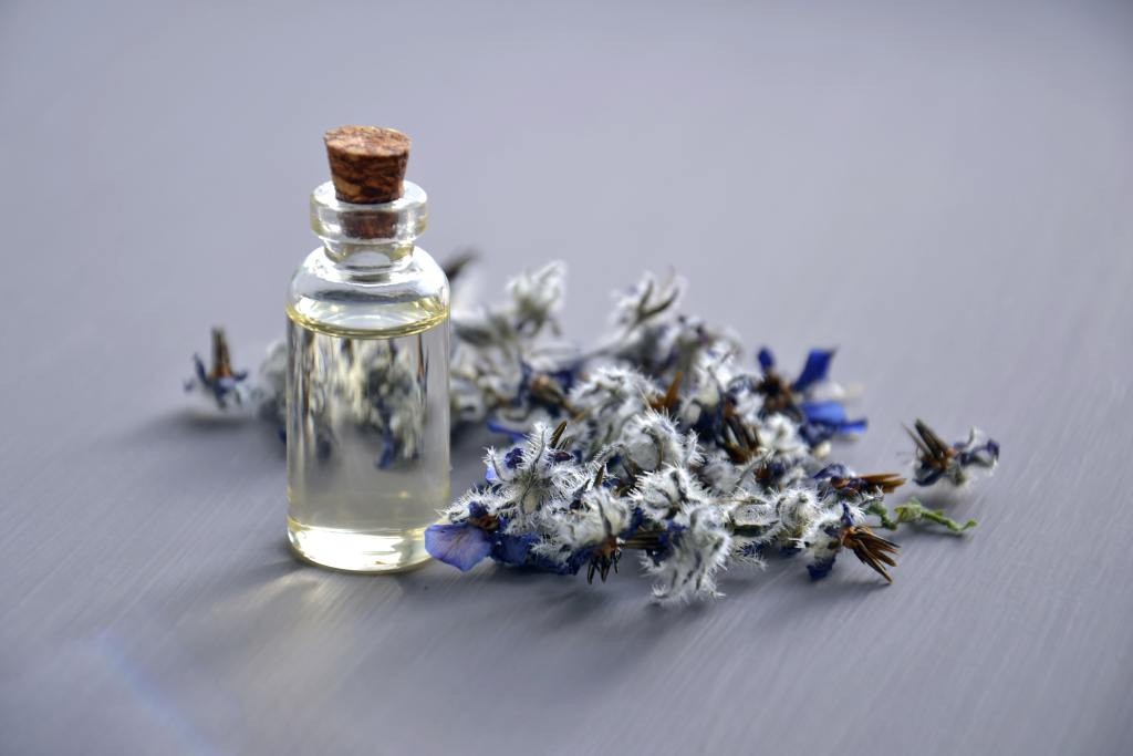5 Amazing Reasons to use Lavender