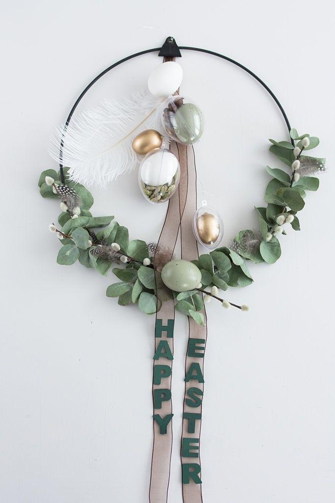 Corona de Pascua moderna de estilo nórdico