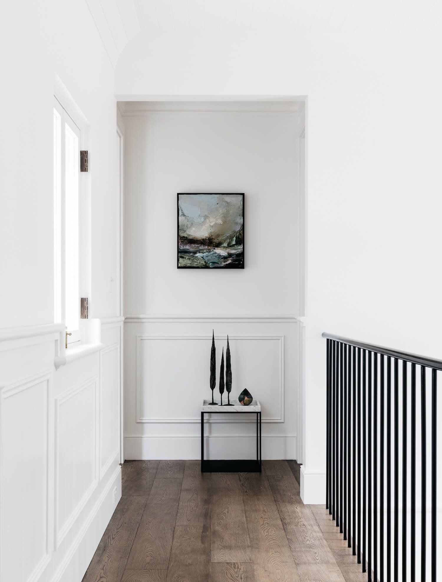 Espacio de pasillo decoración de interiores de estilo francés minimalista