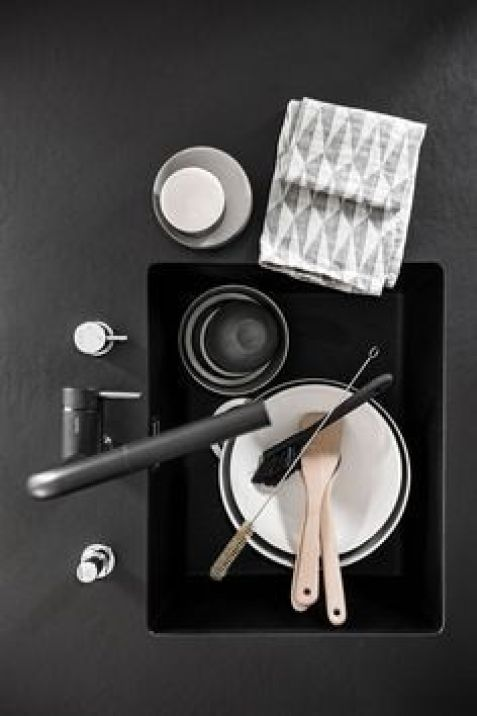 Fregadero de color negro de estilo nórdico