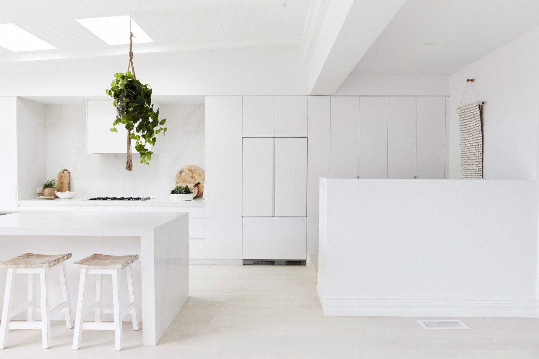 Cocina de estilo nórdico minimalista