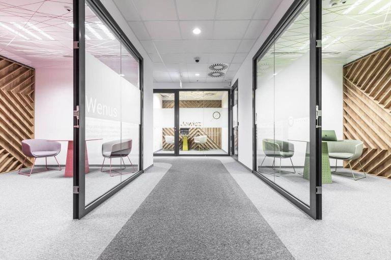 Acogedoras y refrescantes oficinas en verano