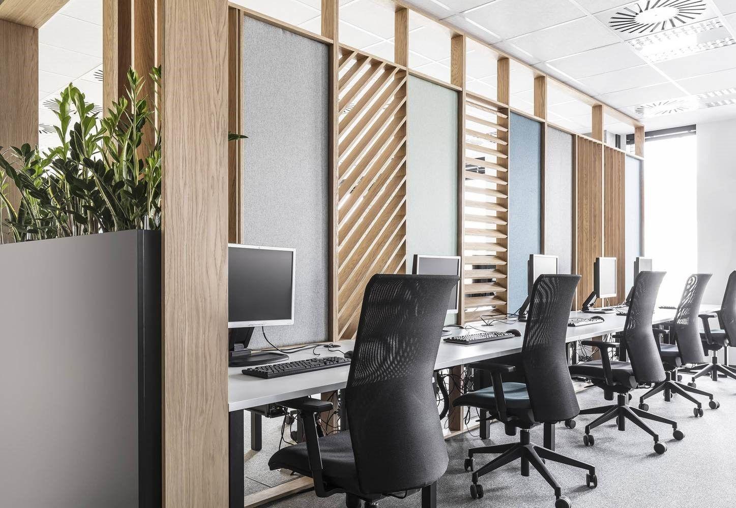 Diseño de Interiores de oficina, espacios de trabajo insonorizados en call center