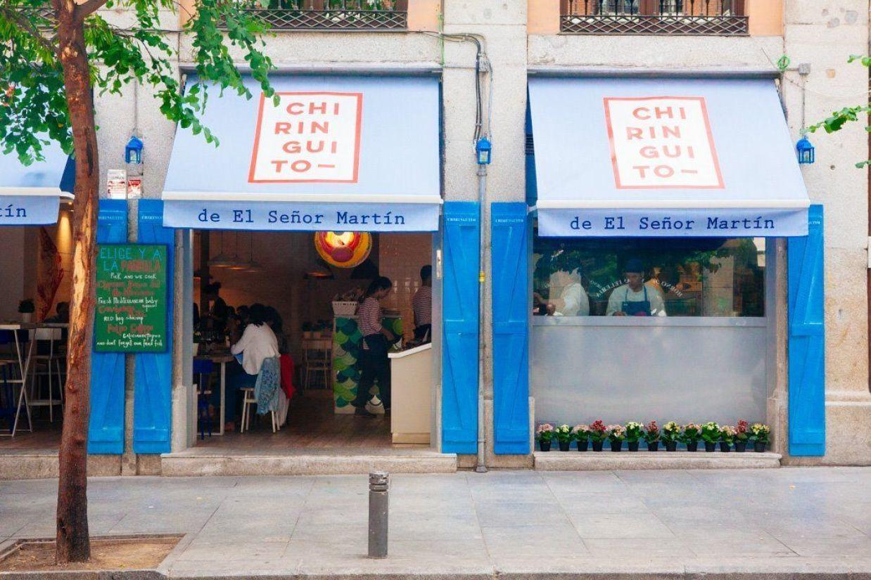 Fachada Chiringuito Martín en Madrid de estilo Náutico