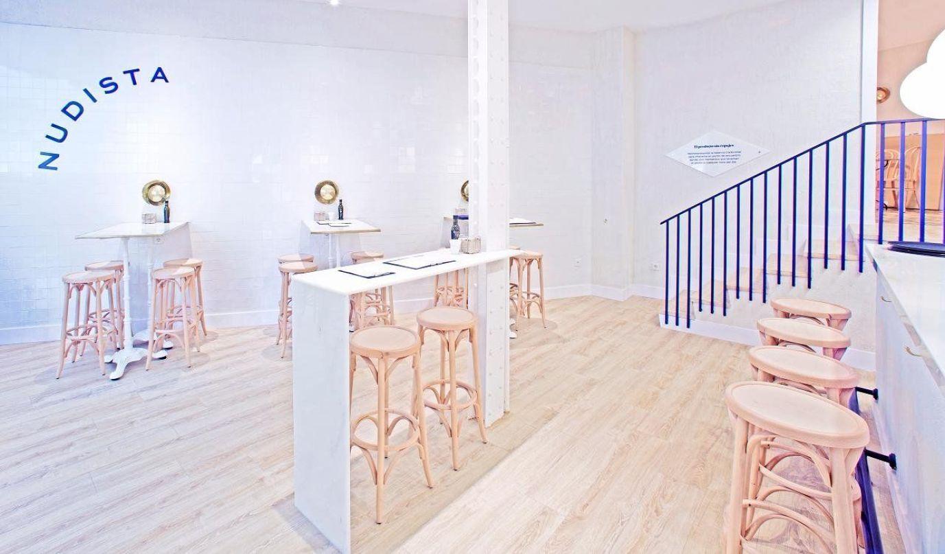 Taberna de estilo nórdico minimalista Conservas Nudista en Madrid