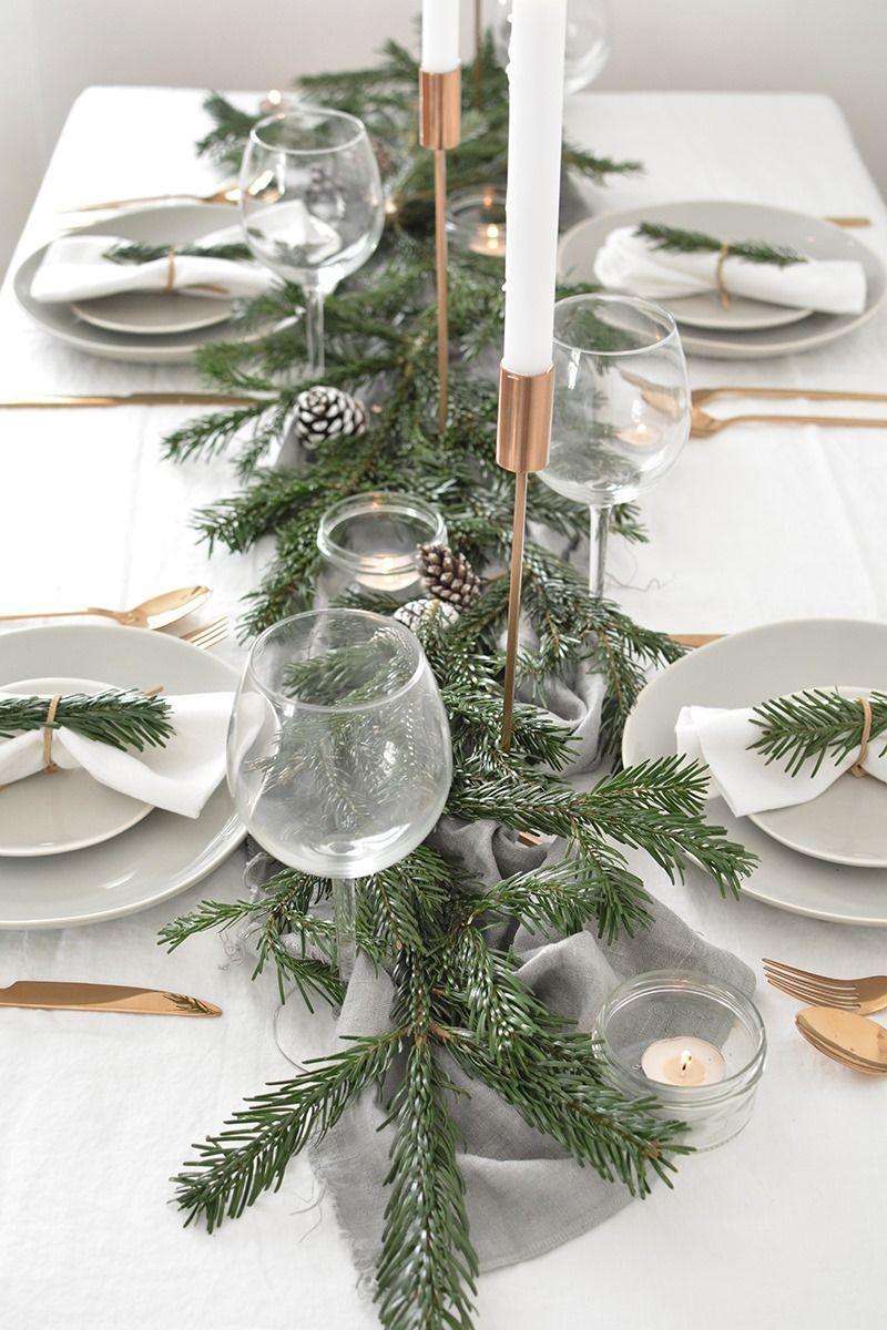 Decoración de mesas de Navidad de estilo nórdico o escandi en tonos neutros @Utrillanais