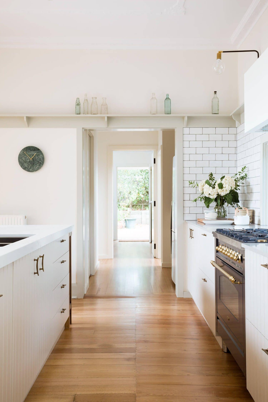 Espacio de cocina de estilo farmhouse moderno por Sisalla en Melbourne @Utrillanais
