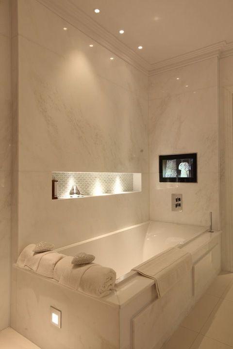 Cómo iluminar adecuadamente tu baño, claves para conseguir diseñar un baño confortable y funcional @Utrillanais