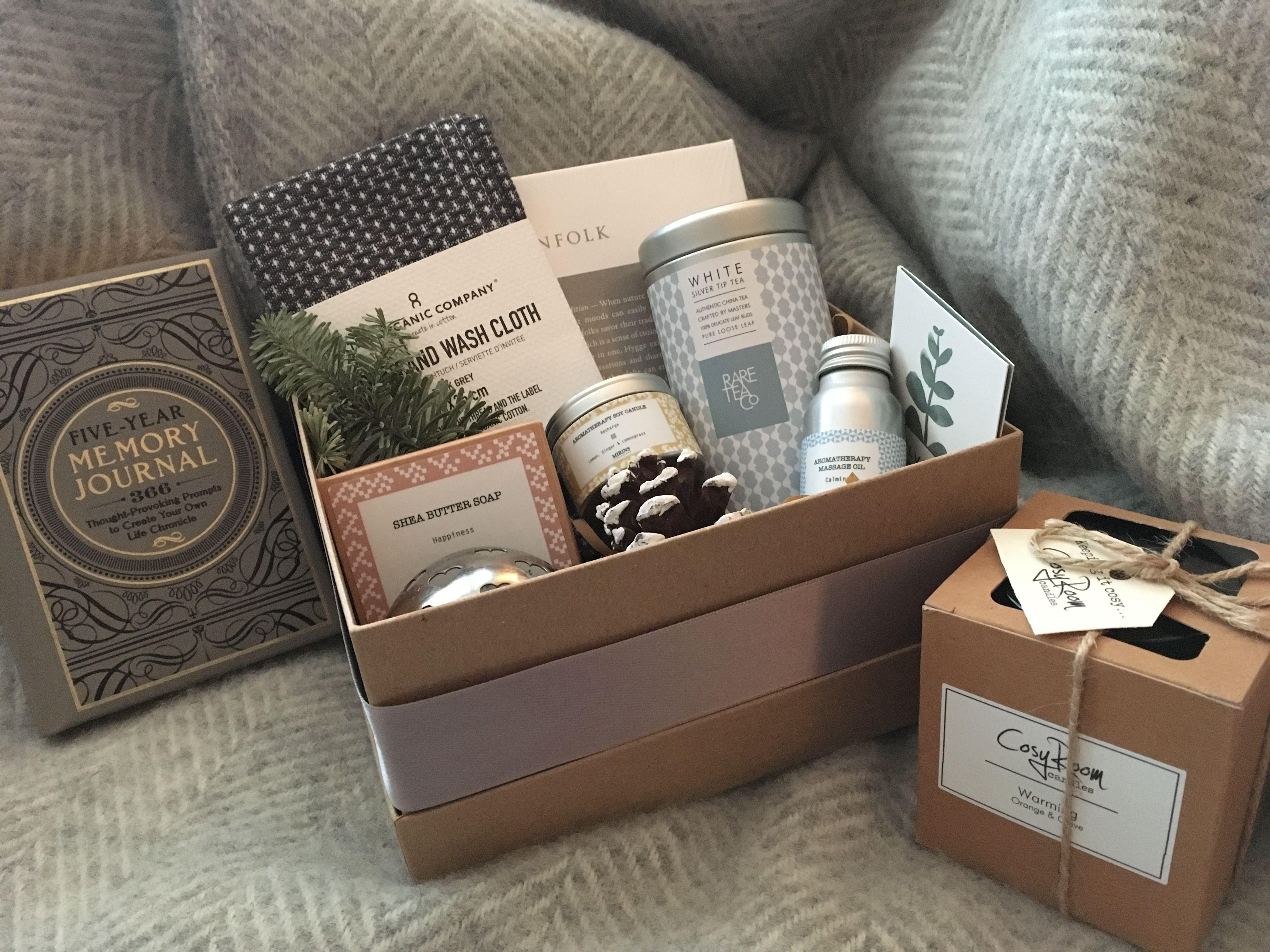 Hygge box, regala bienestar en casa con una caja llena de cariño, intención y tiempo, @Utrillanais