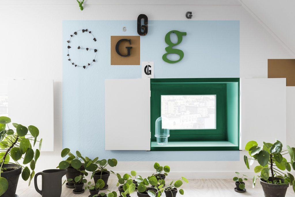 Espacio de trabajo decorado con tonos para actuar escogidos por Color Future para interiorismo 2019 @Utrillanais