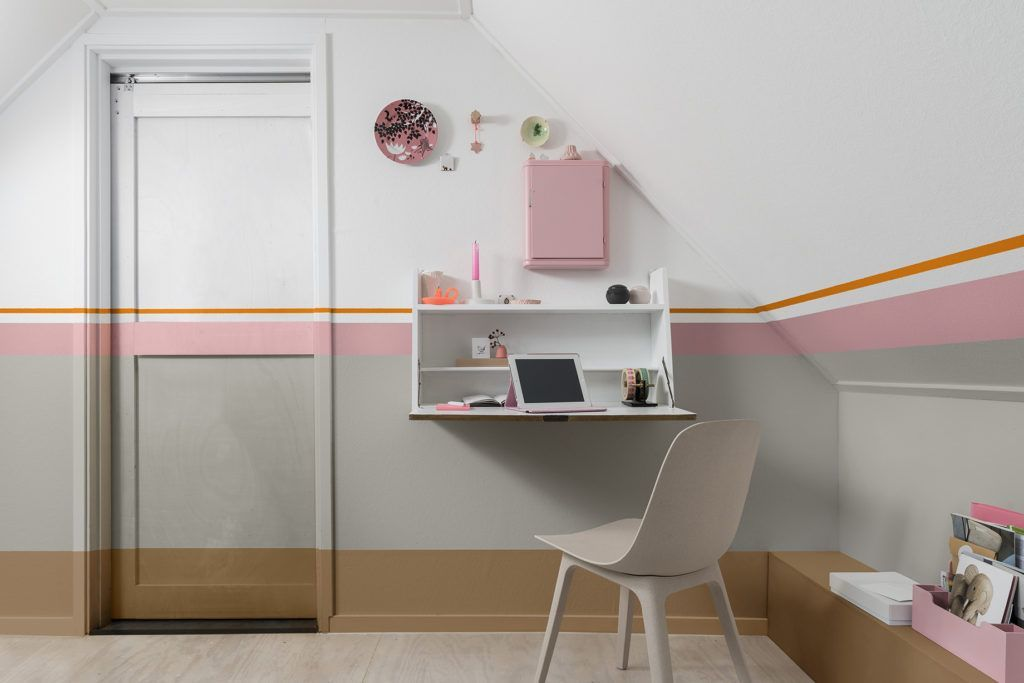 Habitación juvenil decorad con tonos para actuar escogida por Color Future 2019 para interiorismo @Utrillanais