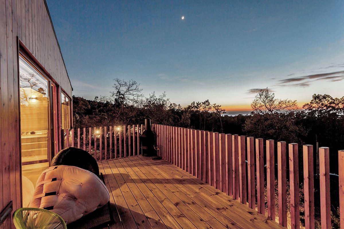 Terraza con vistas a las estrellas #interiorismocasasrurales #diseñocasasconencanto #anautrillainteriorismo @utrillanais