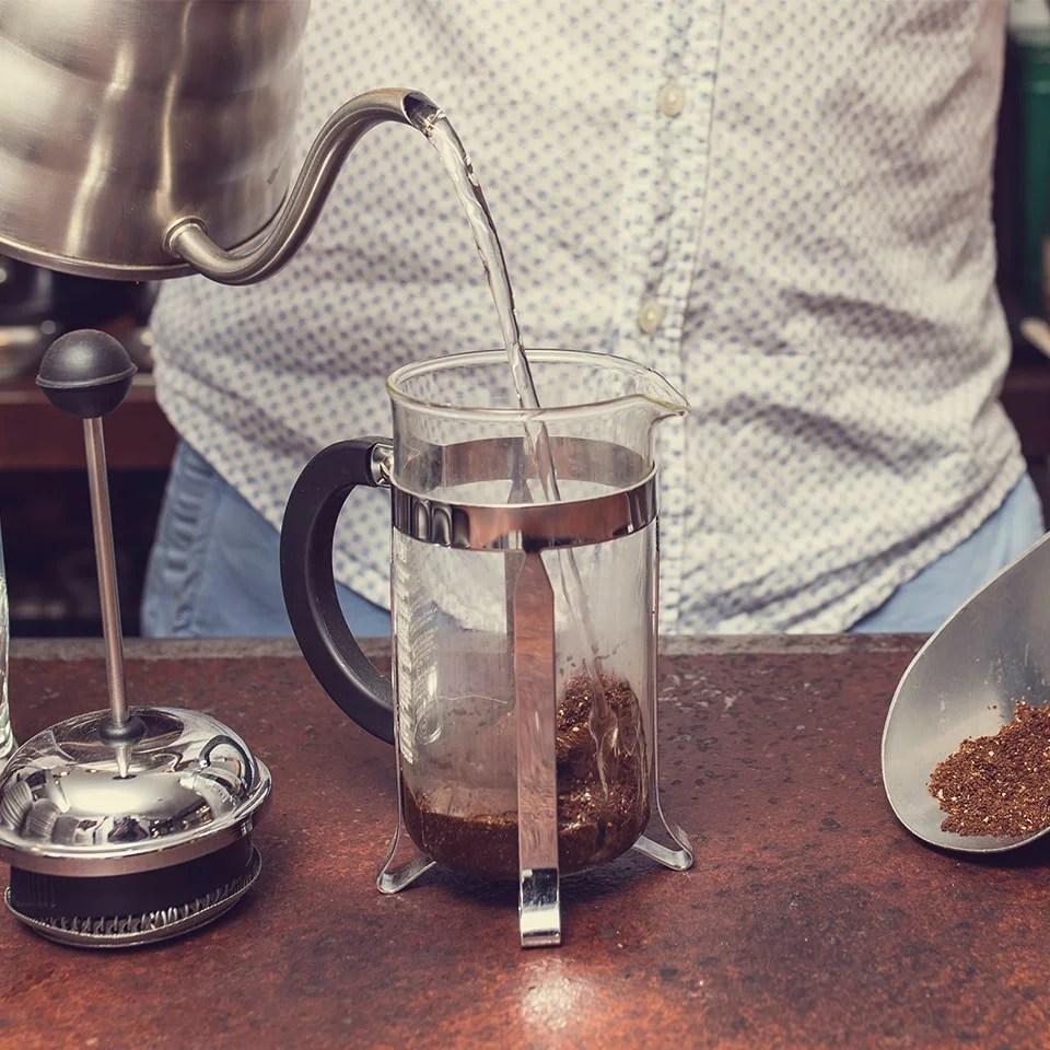 Anbassa-artisan-torrefacteur-preparer-son-cafe-cafetiere-a-piston-slide-6-2