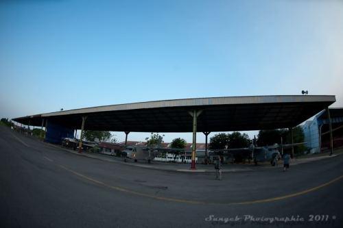 Shelter Skuadron 600. Nah, di bawah pohon di sebelah kanan sana tempat biasa kami nongkrong (sumber: indofler.net)