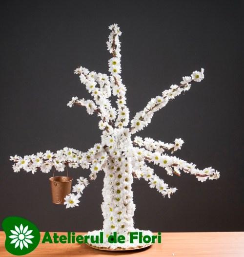 Copacel de flori albe
