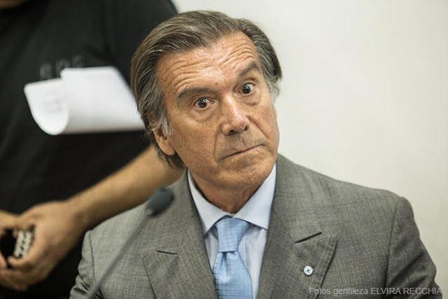 Imagen de Eduardo Alfonso mientras declara en el juicio en su contra.