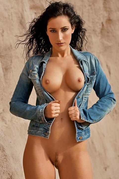 Arianna David  nackt