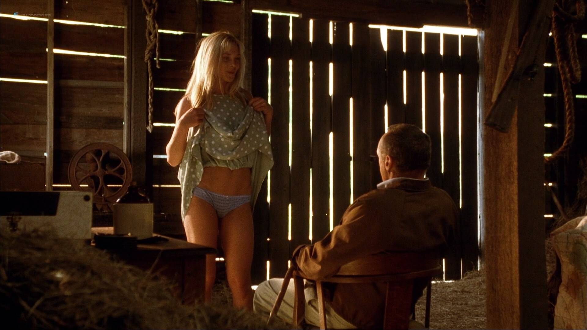 Naked Amy Locane in Carried Away