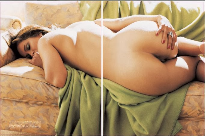 Ana nackt Malhoa A.I. Nudes