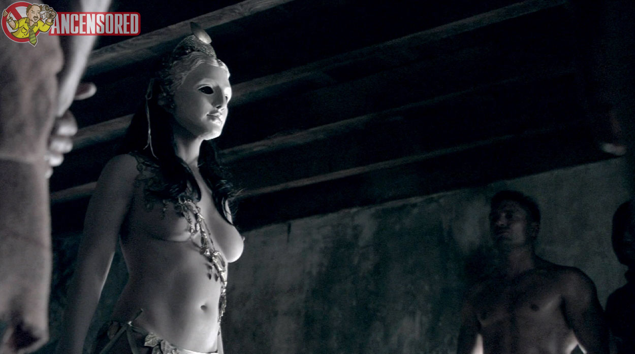 Naked Erin Cummings in Spartacus Blood and Sand