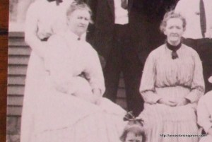 Caroline Anderson Bird and sister Amy