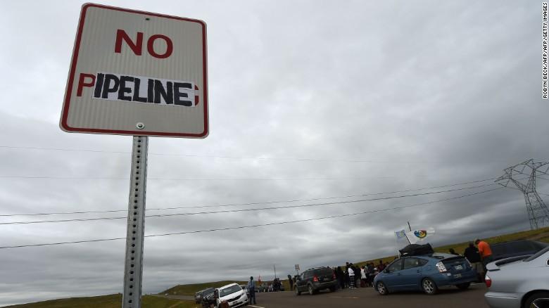 160906120627-north-dakota-oil-pipeline-2-exlarge-169