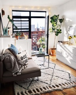 Amazing Ideas Decorating Studio Apartment 50