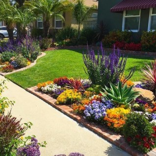 Beautiful Flower Garden for Your Front Yard 08
