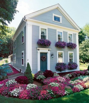 Beautiful Flower Garden for Your Front Yard 40